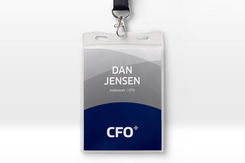CFO+ navneskilt